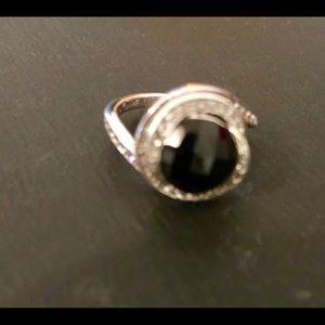 Jewelry - Ring ónix and zirconium